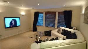 Crown Luxury Serviced Apartment - Inverness