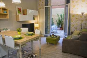 Borgonuovo Apartments - AbcAlberghi.com