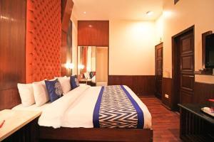 Hotel Aura, Отели  Нью-Дели - big - 94