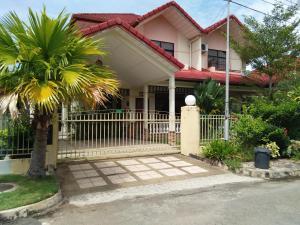 Palm Beach Villa, Nyaralók  Kampong Laut - big - 1