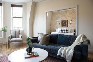 Three-Bedroom on Newbury Street Apt 31, Apartmány  Boston - big - 36