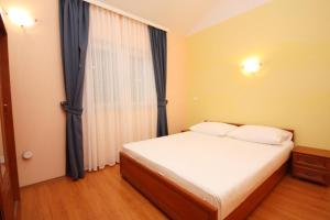 Apartment Rogoznica 3200d