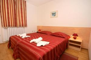Rooms with a parking space Novigrad - 3352