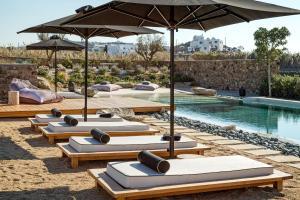Portes Suites & Villas Mykonos, Aparthotely  Glastros - big - 57