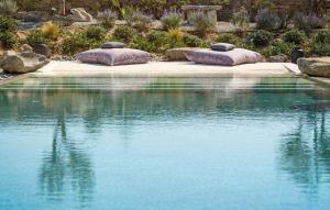 Portes Suites & Villas Mykonos, Aparthotely  Glastros - big - 29