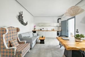 Portes Suites & Villas Mykonos, Aparthotely  Glastros - big - 11