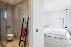 Portes Suites & Villas Mykonos, Aparthotely  Glastros - big - 19