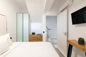 Portes Suites & Villas Mykonos, Hotel  Glastros - big - 67