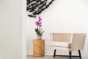 Portes Suites & Villas Mykonos, Aparthotely  Glastros - big - 49
