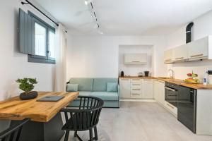 Portes Suites & Villas Mykonos, Aparthotely  Glastros - big - 8