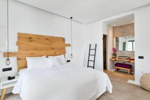 Portes Suites & Villas Mykonos, Aparthotely  Glastros - big - 22