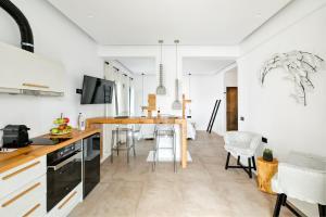 Portes Suites & Villas Mykonos, Aparthotely  Glastros - big - 6