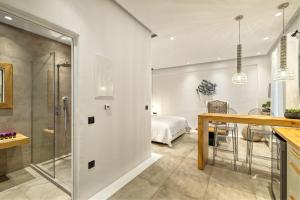 Portes Suites & Villas Mykonos, Aparthotely  Glastros - big - 79
