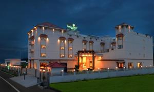 Lemon Tree Hotel Coimbatore - Coimbatore