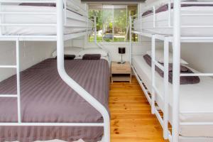Bright Freeburgh Caravan Park, Комплексы для отдыха с коттеджами/бунгало  Брайт - big - 11