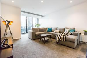 Sonya - Beyond a Room Private Apartments