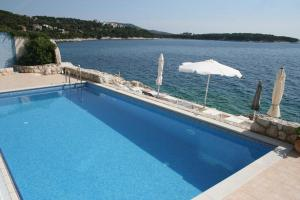 obrázek - Family friendly apartments with a swimming pool Primosten - 4167