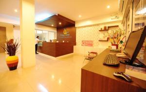 S2S Queen Trang Hotel - Ban Khuan Khan