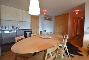 Zenith 114, Apartments  Verbier - big - 4