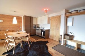 Zenith 114, Apartments  Verbier - big - 17