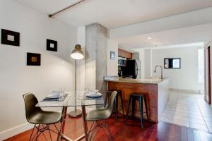 Saint François Xavier Serviced Apartments by Hometrotting, Appartamenti  Montréal - big - 47