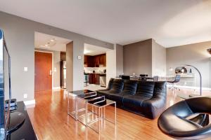 Palais-des-Congrès Furnished Apartments by Hometrotting, Apartmány  Montreal - big - 236