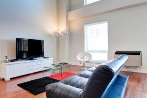 Palais-des-Congrès Furnished Apartments by Hometrotting, Apartmány  Montreal - big - 224