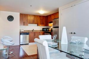 Palais-des-Congrès Furnished Apartments by Hometrotting, Apartmány  Montreal - big - 228