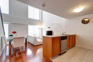 Palais-des-Congrès Furnished Apartments by Hometrotting, Apartmány  Montreal - big - 181