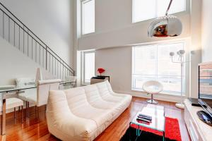Palais-des-Congrès Furnished Apartments by Hometrotting, Apartmány  Montreal - big - 183