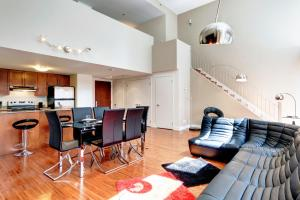 Palais-des-Congrès Furnished Apartments by Hometrotting, Apartmány  Montreal - big - 156