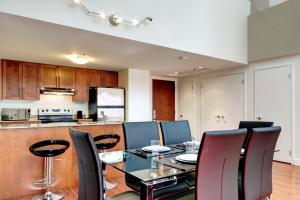 Palais-des-Congrès Furnished Apartments by Hometrotting, Apartmány  Montreal - big - 157