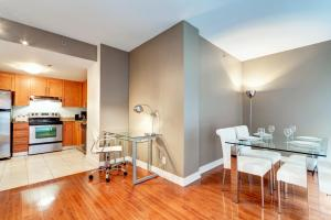 Palais-des-Congrès Furnished Apartments by Hometrotting, Apartmány  Montreal - big - 18