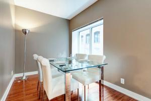 Palais-des-Congrès Furnished Apartments by Hometrotting, Apartmány  Montreal - big - 19