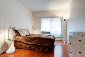 Palais-des-Congrès Furnished Apartments by Hometrotting, Apartmány  Montreal - big - 135