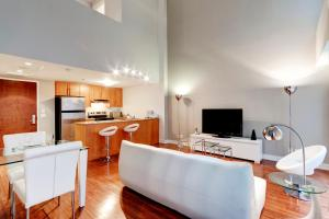 Palais-des-Congrès Furnished Apartments by Hometrotting, Apartmány  Montreal - big - 4