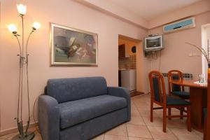 Apartment Novi Vinodolski 5488a, Apartmány  Novi Vinodolski - big - 13