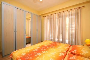 Apartment Novi Vinodolski 5488a, Apartmány  Novi Vinodolski - big - 14