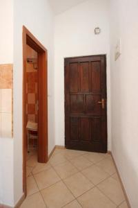Apartments with a parking space Mali Losinj Losinj 2198