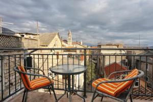obrázek - Apartment Kastel Kambelovac 8679a