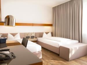 Parkside Hotel - Liederbach