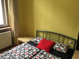 Double or Twin Room with Shared Bathroom Hostel EMMA