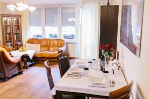 Solec 28 Apartament, Ferienwohnungen  Warschau - big - 103
