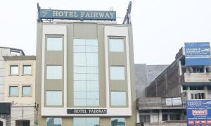 Hotel Fairway, Hotely  Amritsar - big - 17