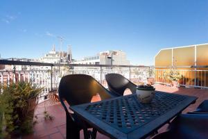ApartEasy - Atic terrace in Sagrada Familia
