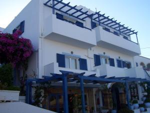 Hostales Baratos - Pelagia Beach Studios