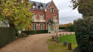 Chambres d'Hôtes - Villa Ariane, B&B (nocľahy s raňajkami)  Honfleur - big - 1