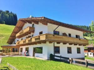 Holiday home Mooshäusl - Hotel - Kelchsau