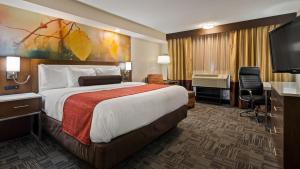 Best Western Premier Milwaukee-Brookfield Hotel & Suites, Hotels  Brookfield - big - 22