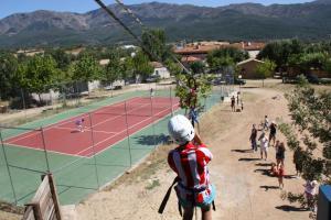 Complejo Turístico Las Cañadas, Casas de Campo y Bungalows, Villaggi turistici  Baños de Montemayor - big - 16